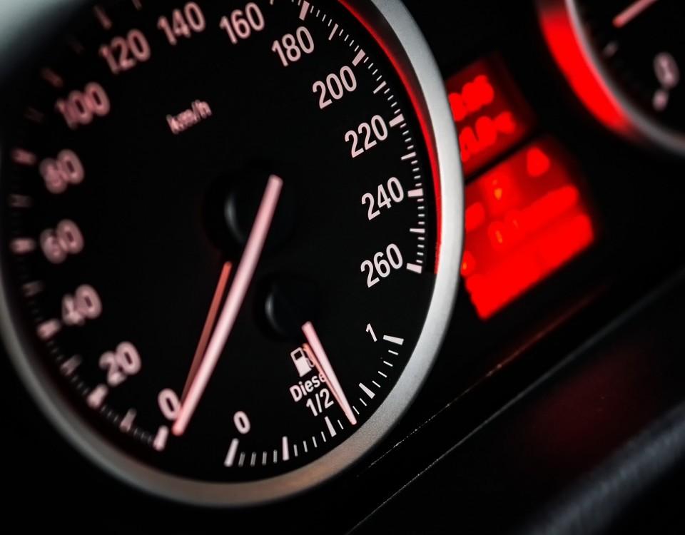 speed-1249610_1920